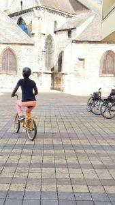 Cours vélo place Saint Médard Creil